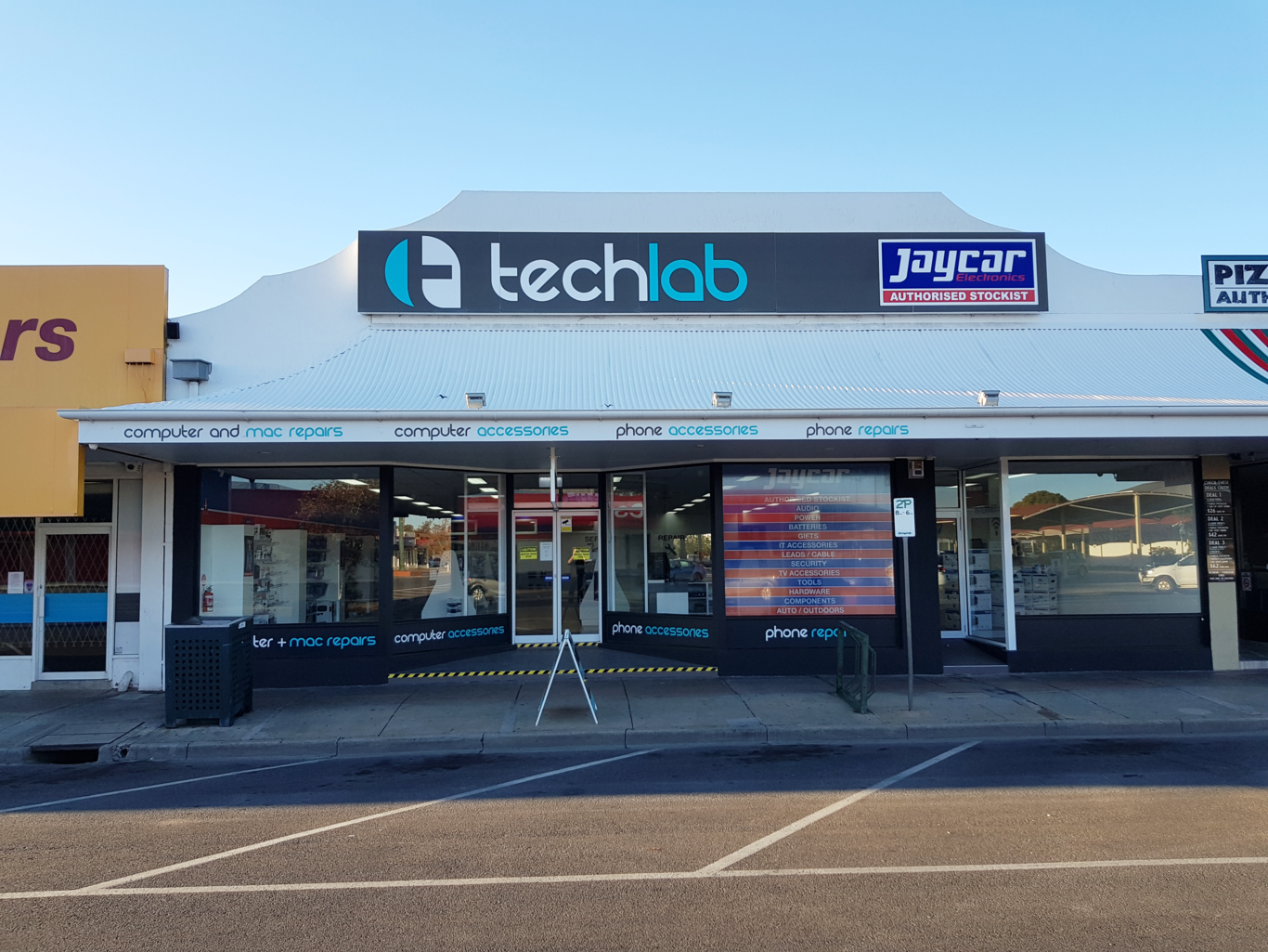 Techlab Store Outside
